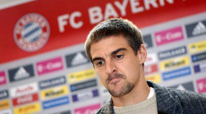 Sebastian Deisler FC Bayern M¸nchen k¸ndigt nach langj‰hrigem Verletzungspech seinen R¸cktritt vom Fuflball an